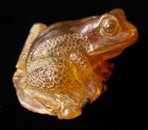 Japanese Amber Frog Okimono