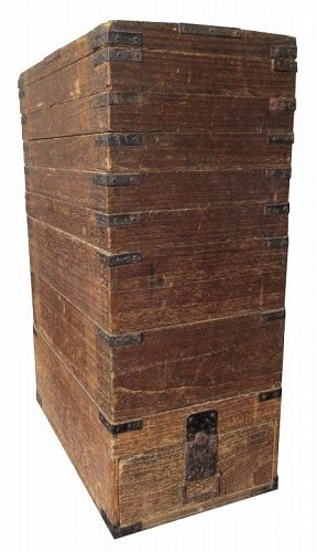 Unusual Japanese Edo Kiri Stacking Box
