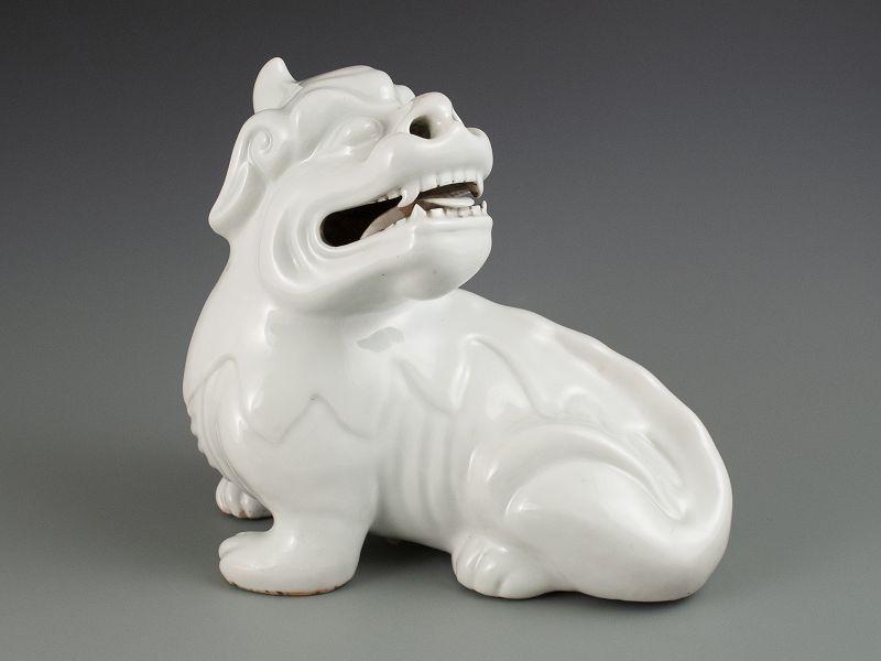 Antique Chinese Fujin Blanc de Chine Porcelain Qilin Censor