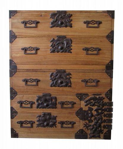 Antique Japanese Niigata 2 Section Kasane Tansu (chest on chest)