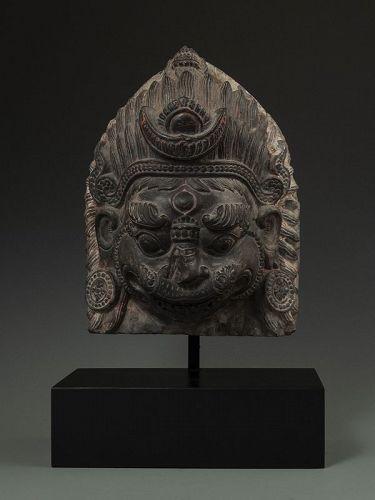 Rare Late 17th C. Nepalese Narimsimha Black Schist Head