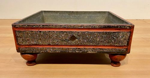 Inlaid Japanese red lacquer Suiban