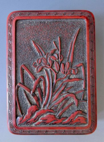 Japanese Antique Small Cinnabar Lacquer Box with Lilies