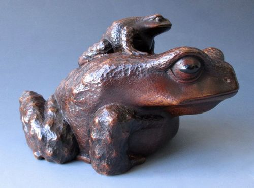 Japanese Antique Wood Carving of a Frog with Little Frog