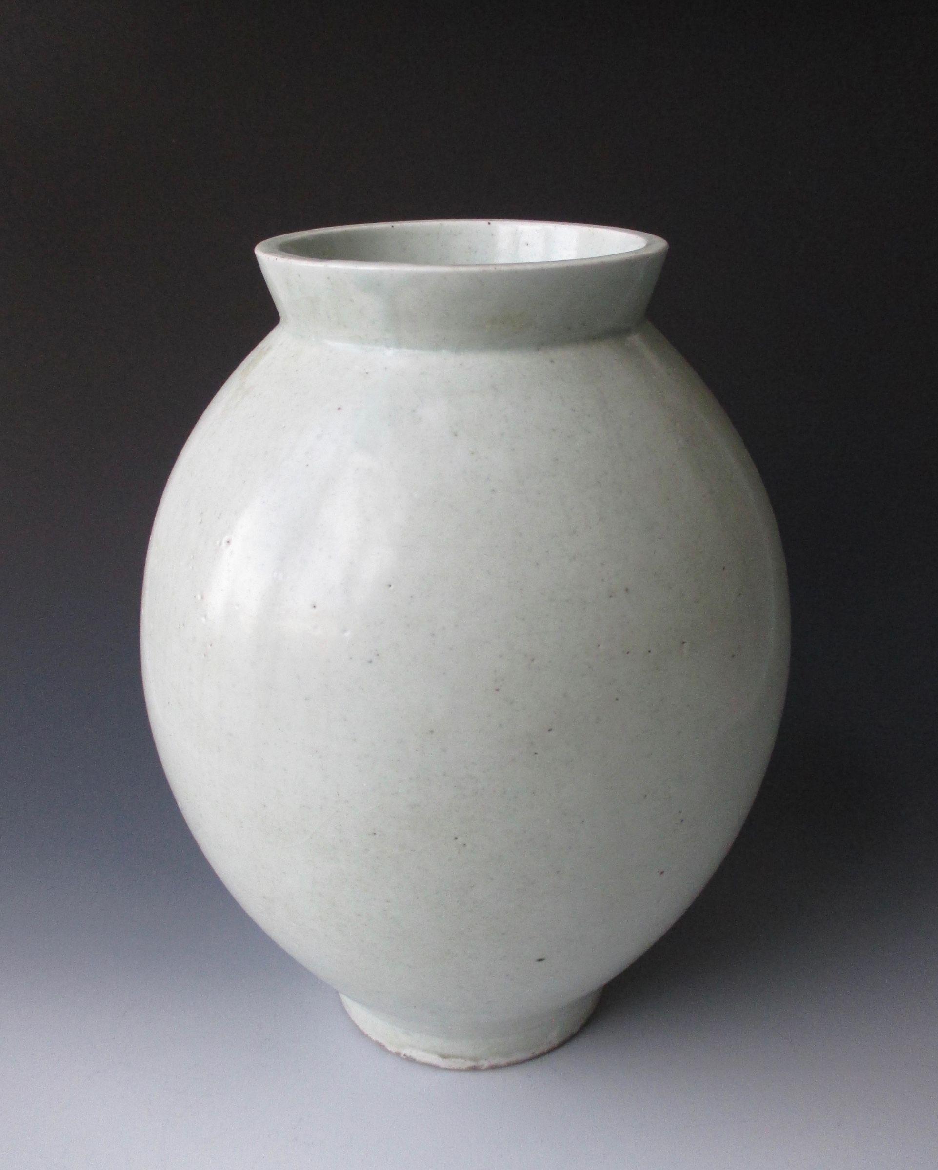 Korean Antique White Porcelain Moon Vase, 18th Century