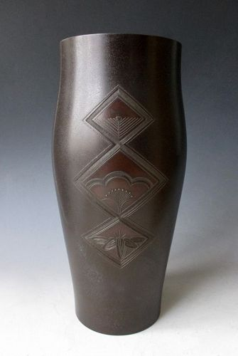 Japanese Deco Era Bronze Vase