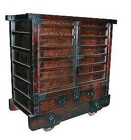 Antique Japanese Rare Karuma Tansu (wheeled chest)