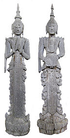 Burmese Pair of Large 18c Wooden Figures